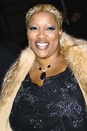 frenchie davis - http://www.ew.com/ew/report/0,6115,435094~3~0~ewchecksinwith,00.html