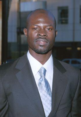 djimon hounsou - www.jupeal.com/Actores/D/Djimon_Hounsou/DjimonHounsou1.jpg