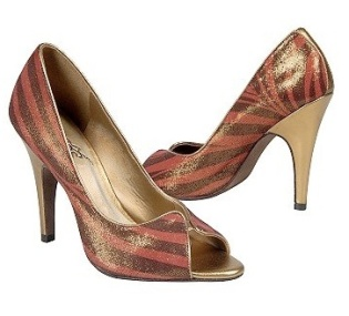 Carlos Santana's Women's Pounce - Source: Shoes.com