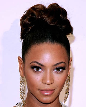 Beyonce - Source: BeautyRiot.com