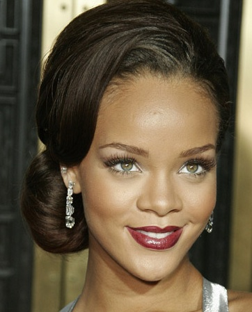 Rihanna - Source: BeautyRiot.com